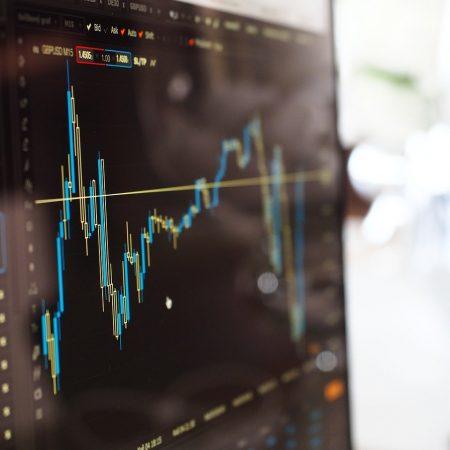 US stocks climb the ladder on economic stimulus idealism